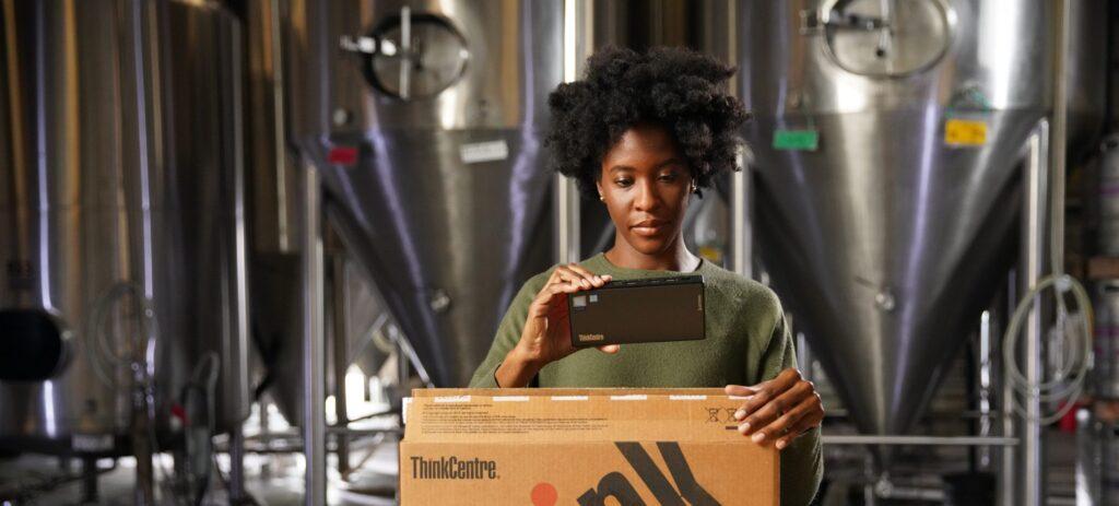افزایش کارایی کارمندن با تکنولوژی از نگاه لنوو و اینتل